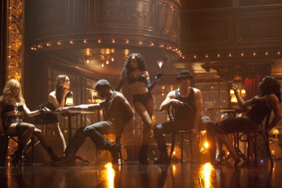 dianna agron in burlesque. Dianna Agron (Glee) also makes